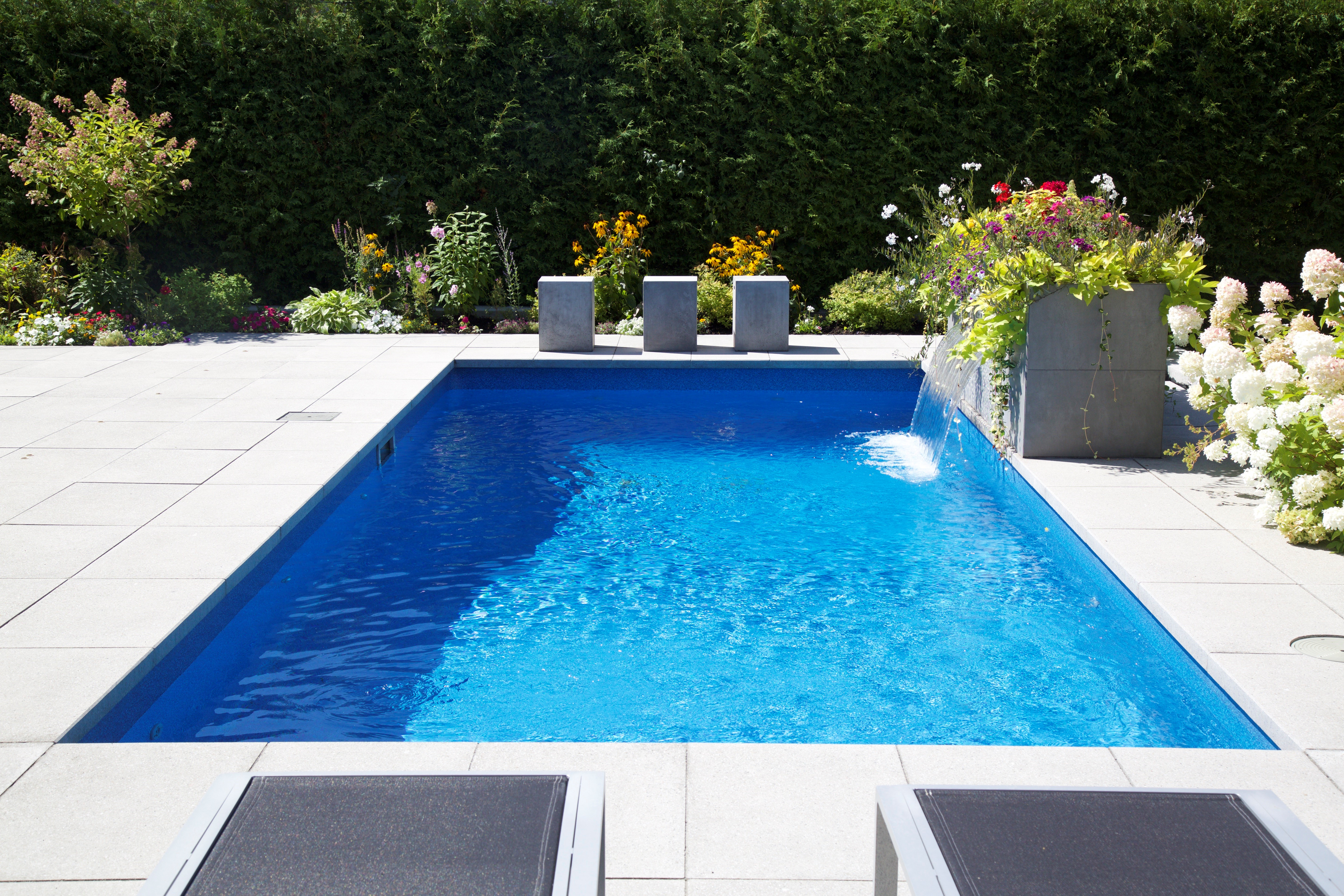 Cartierville turnkey groupe paramount blog for Pool design kg